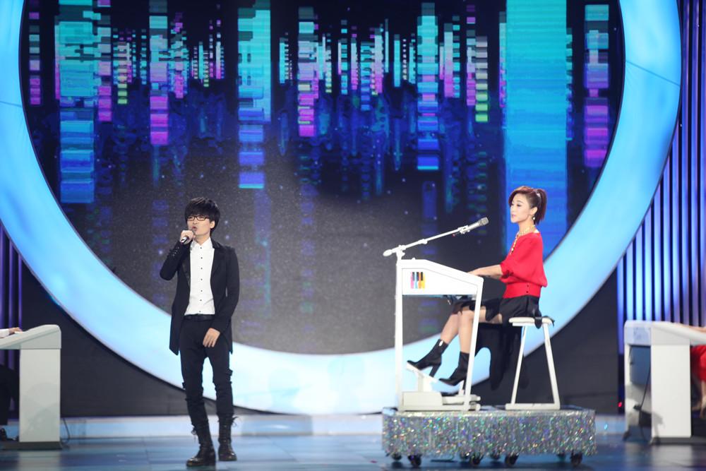 【央视2018】玖月奇迹携双排键学员亮相央视中秋特别节目送祝福
