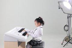 双排键弹奏需要注意的身体姿势