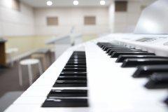 双排键技术练习触键与双音、八度、和弦