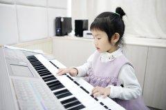 双排键对少儿大脑发育的重要性