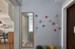 练习电子琴时,为什么可以对照墙上的镜子?