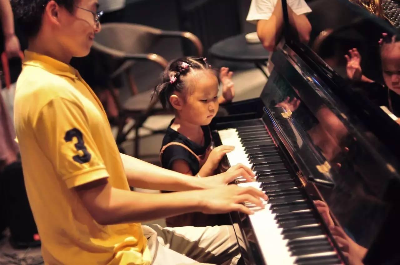 哪些人不适合学钢琴?