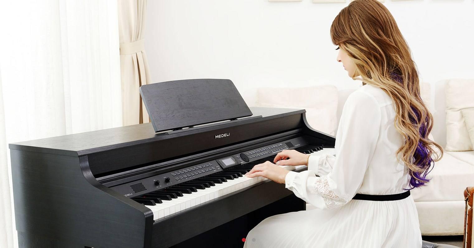 买电钢琴好还是钢琴好?钢琴和电钢琴的区别介绍