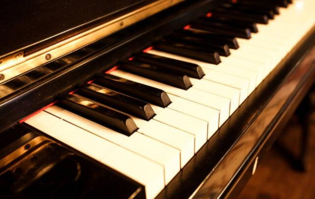 关于钢琴装饰音,你都知道哪些?