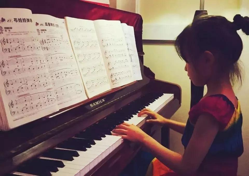 弹钢琴,学会实践很重要