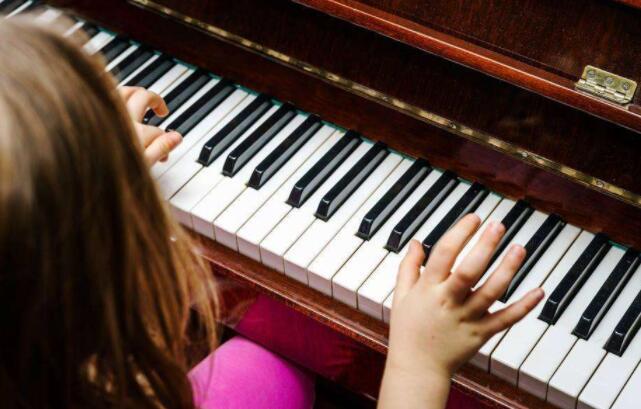 钢琴学习中六种常用触键发力方法