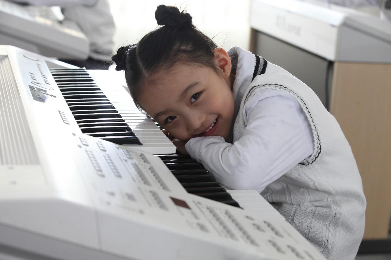 没有音乐天赋的孩子也能学琴