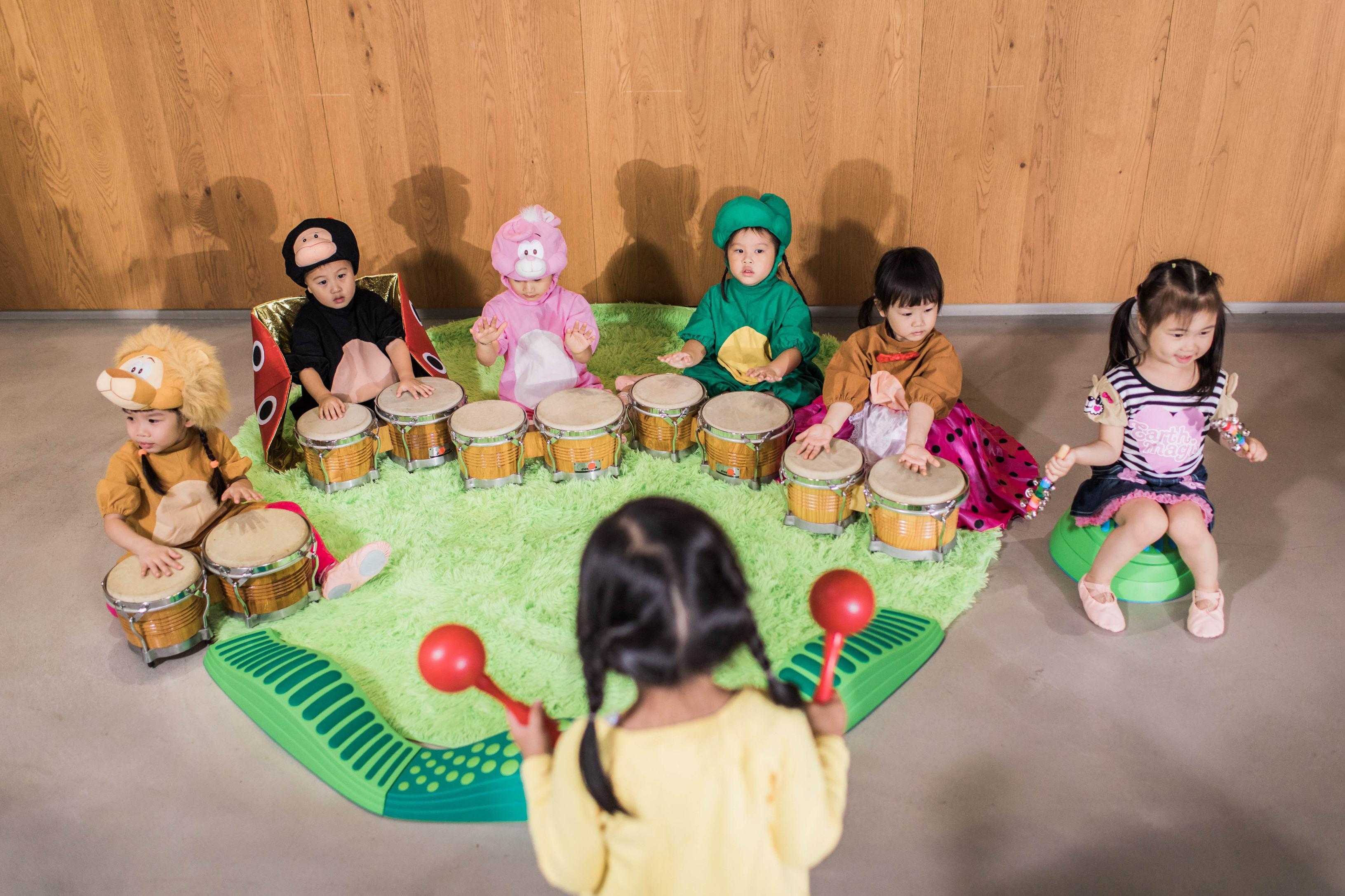 音乐启蒙好处多,这样培养宝宝音乐天赋