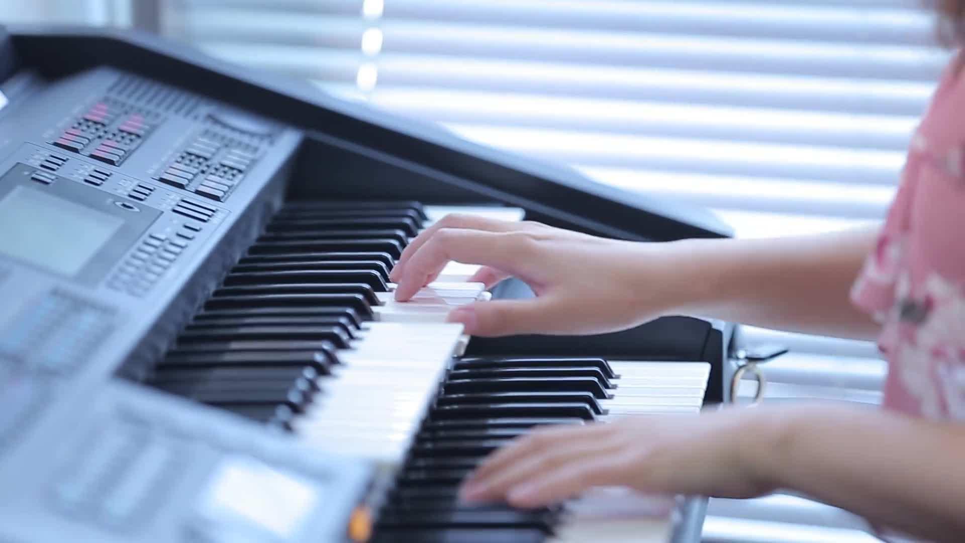双排键到底该怎么练?四种方法教你摆脱练琴困境