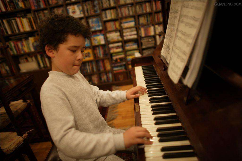 成人学琴跟孩子学琴有什么不同?