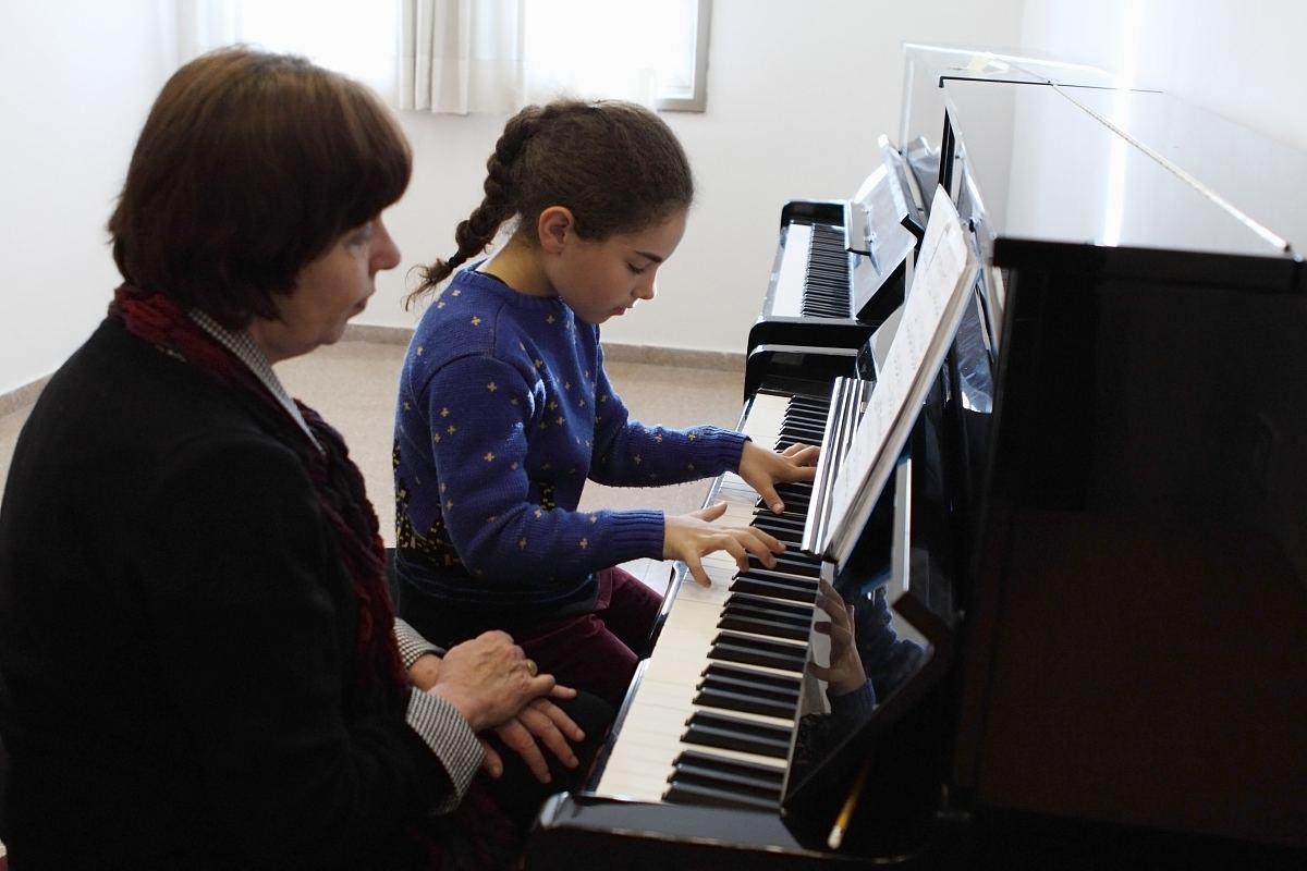 孩子开始学琴之前,家长要考虑的一些问题