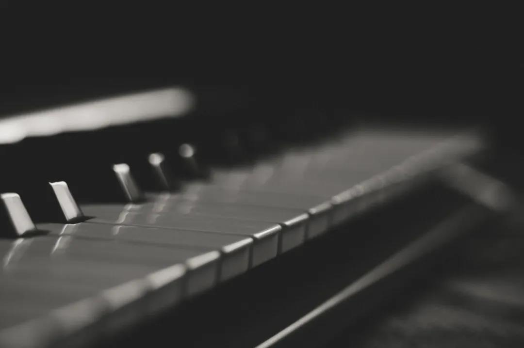 钢琴考级比赛时,总是紧张怎么办?