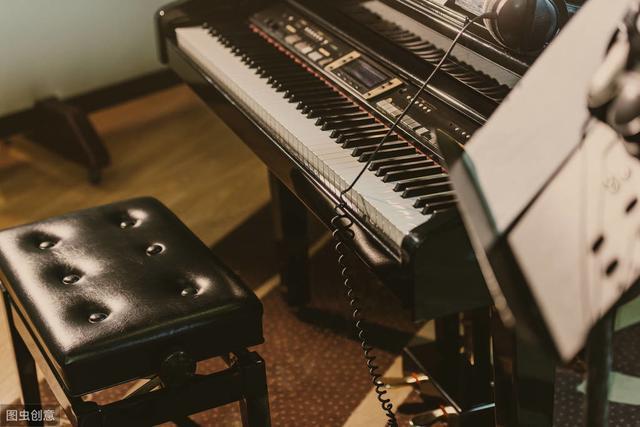 乐谱如读好,弹琴没烦恼
