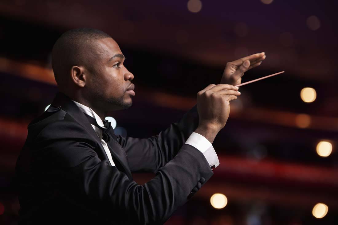 音乐指挥的作用都有哪些?指挥的是什么?
