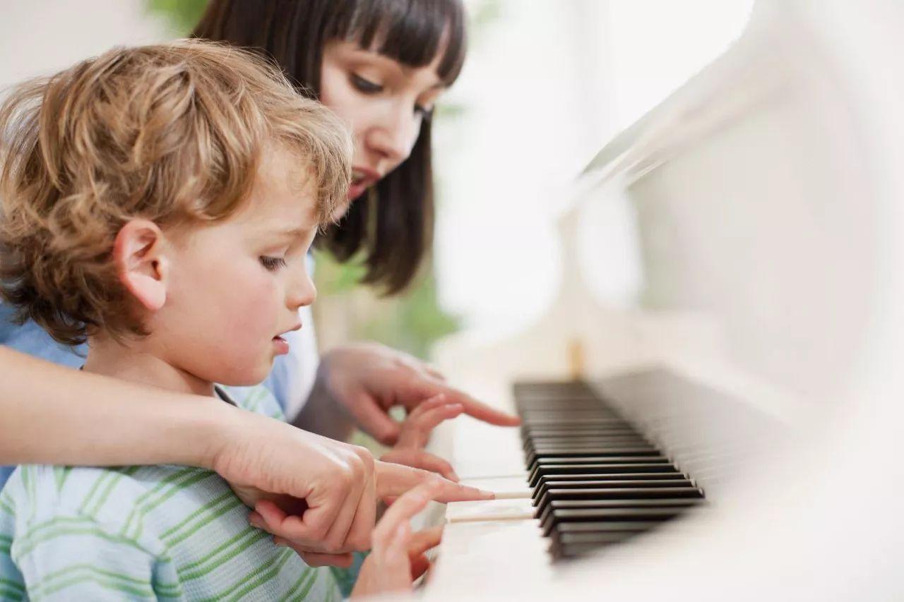如何上好孩子的第一节钢琴课?钢琴老师的经验总结