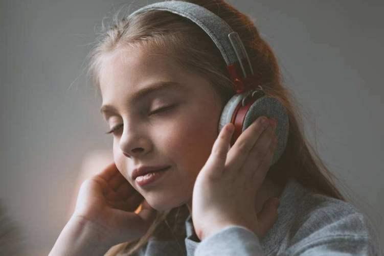 如何引导孩子形成良好的音乐教育