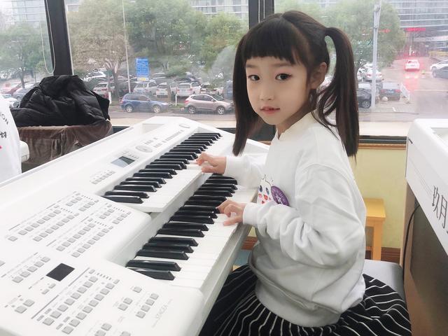 为什么现在越来越多的家长会支持孩子学琴?
