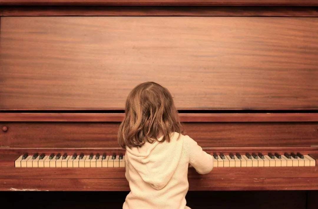 初学钢琴都应该注意哪些些问题?