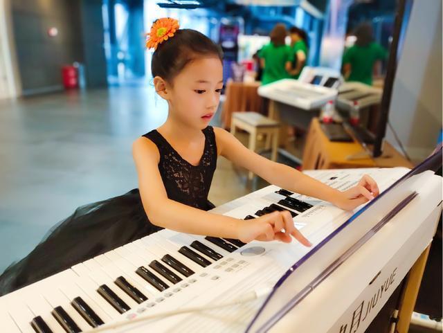 关于双排键音色强弱效果的演奏方法介绍