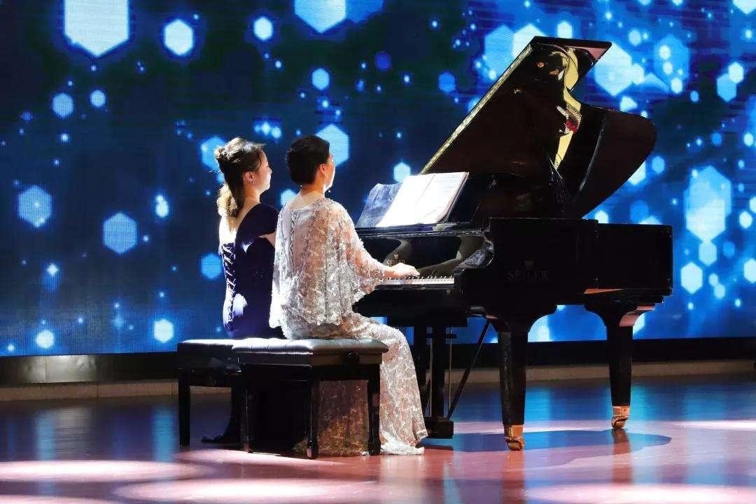 学钢琴为什么要重视四手联弹?有什么意义呢?