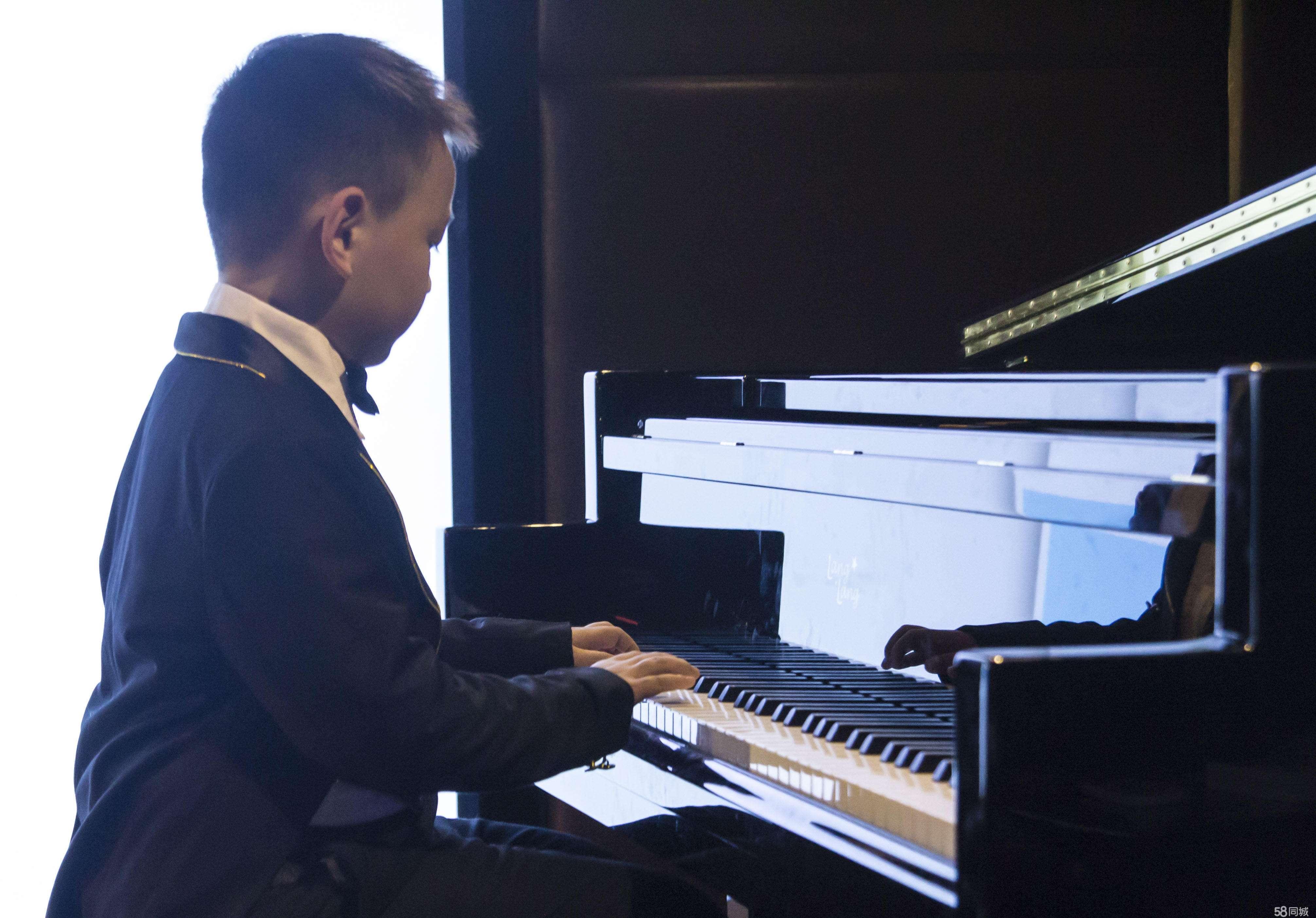 为什么要鼓励孩子多参加钢琴演出和比赛?