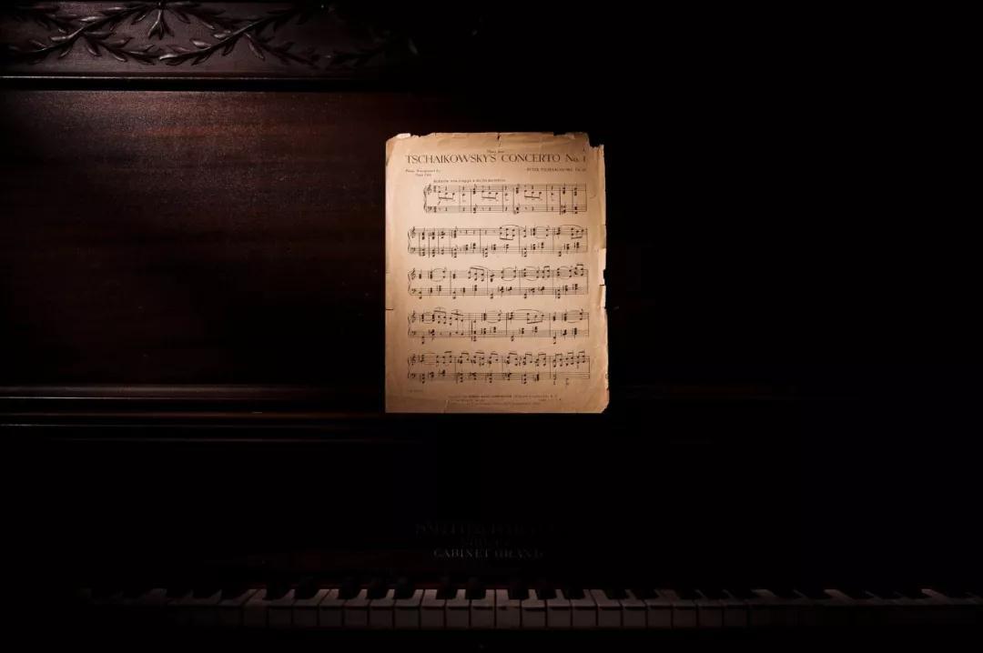 学琴时,音符总是弹得不均匀怎么办?