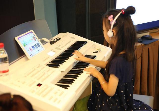 为什么大部分家长都选择键盘乐器作为孩子的启蒙乐器?