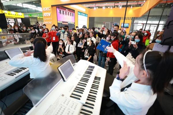 上海乐器展&玖月教育持续火爆中,合作签单节奏不停
