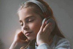 学音乐的过程中,应该如何训练音乐听力