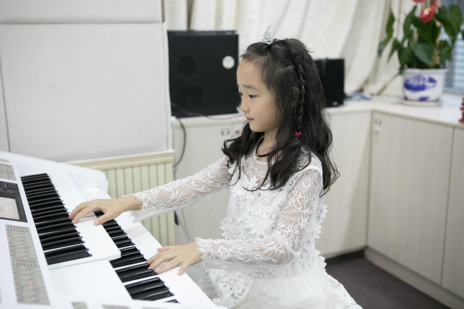 教孩子学琴和成人学琴都有哪些不同