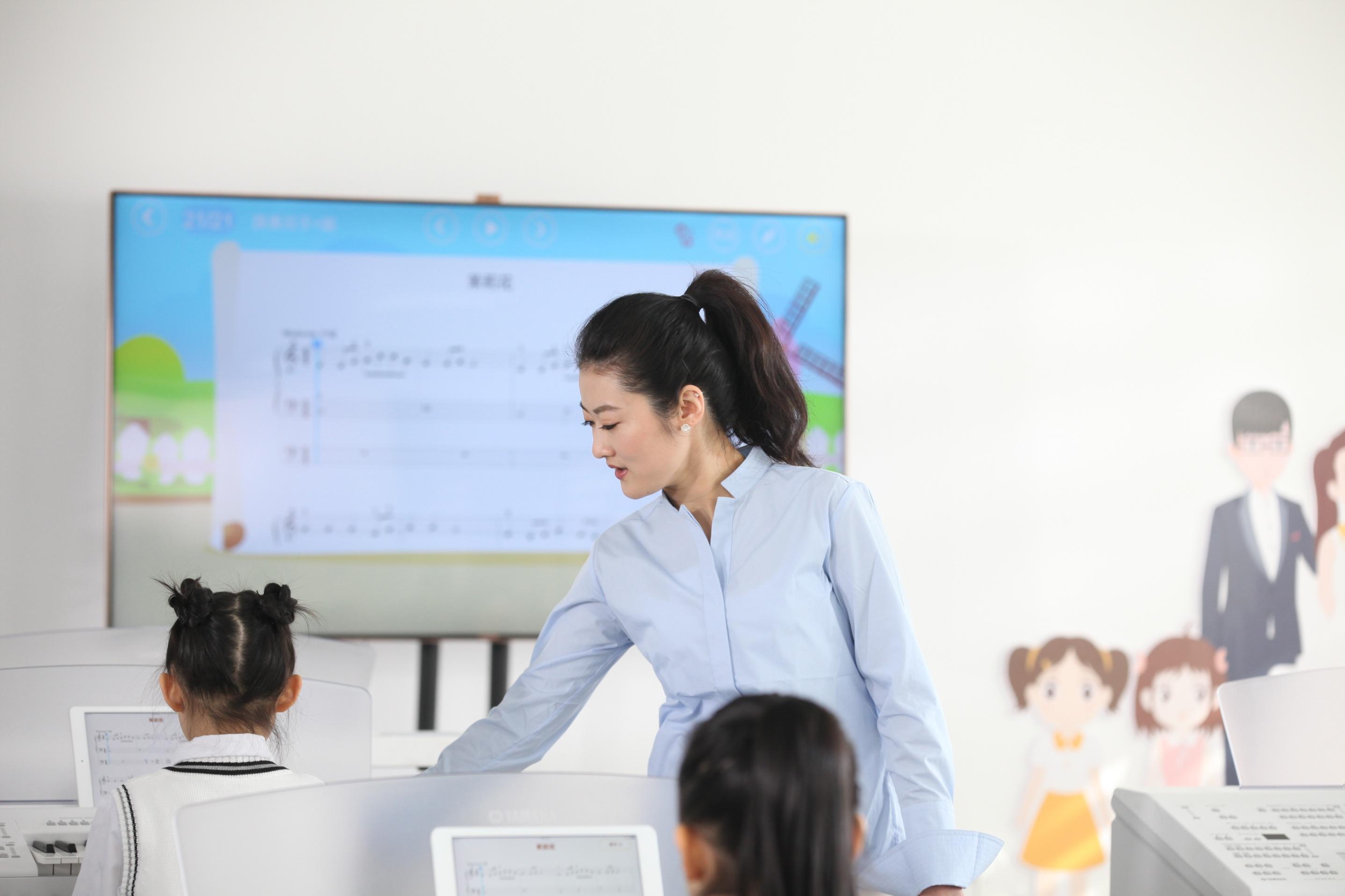 学乐器为什么建议要找专业的老师