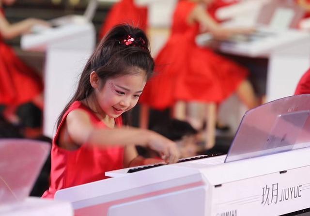 学琴过程中,教你如何弹奏穿指