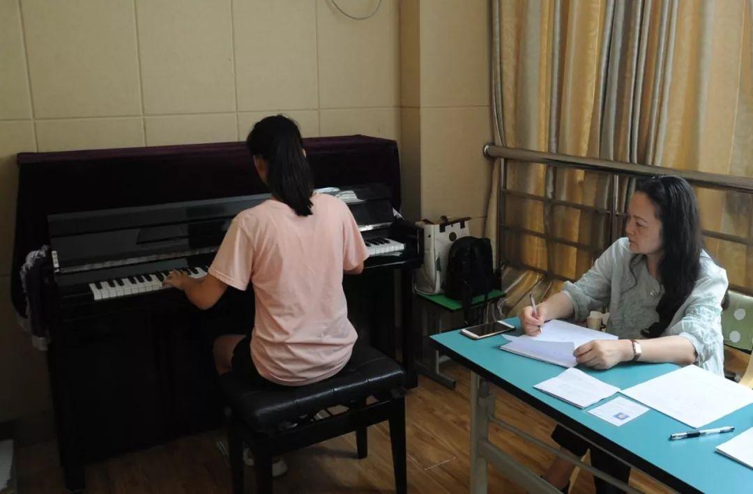 寒暑假音乐考级来临前如何高效练琴?