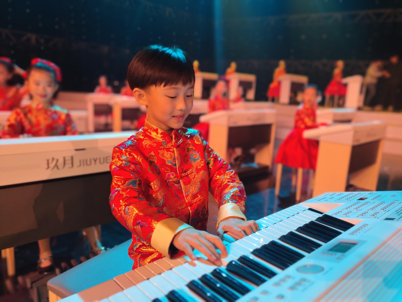 双排键就是普通电子琴?你对双排键还有多少误解
