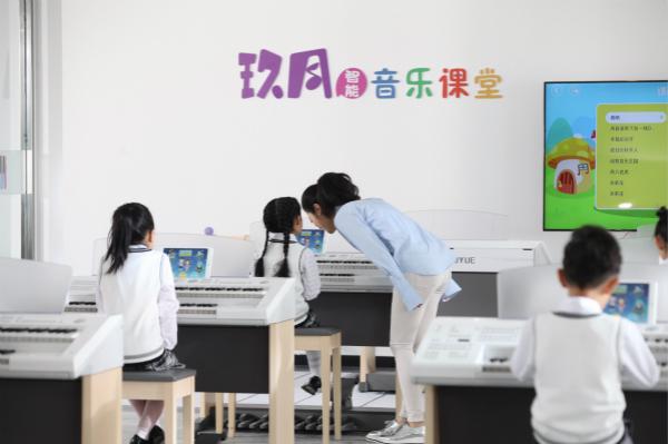 双排键老师如何与孩子完美互动